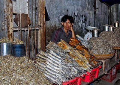 Pescadría / fish shop, Indonesia.
