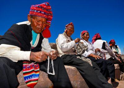 Nativos del lago Titicaca, Perú.