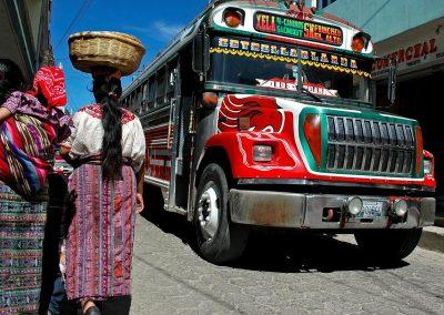 Autobus tipico / typical bus, Antigua, Guatemala.